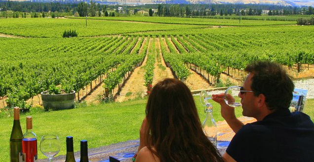 Wanaka Wine Tours is a Discover Wanaka tour operator in New Zealand