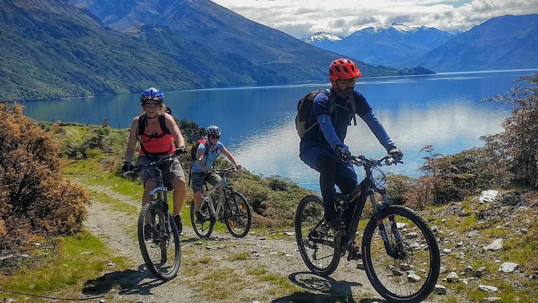 Discover Wanaka bike guides